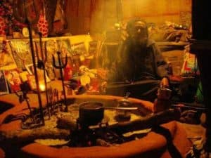 Know the methods of solving problems by vashikaran services